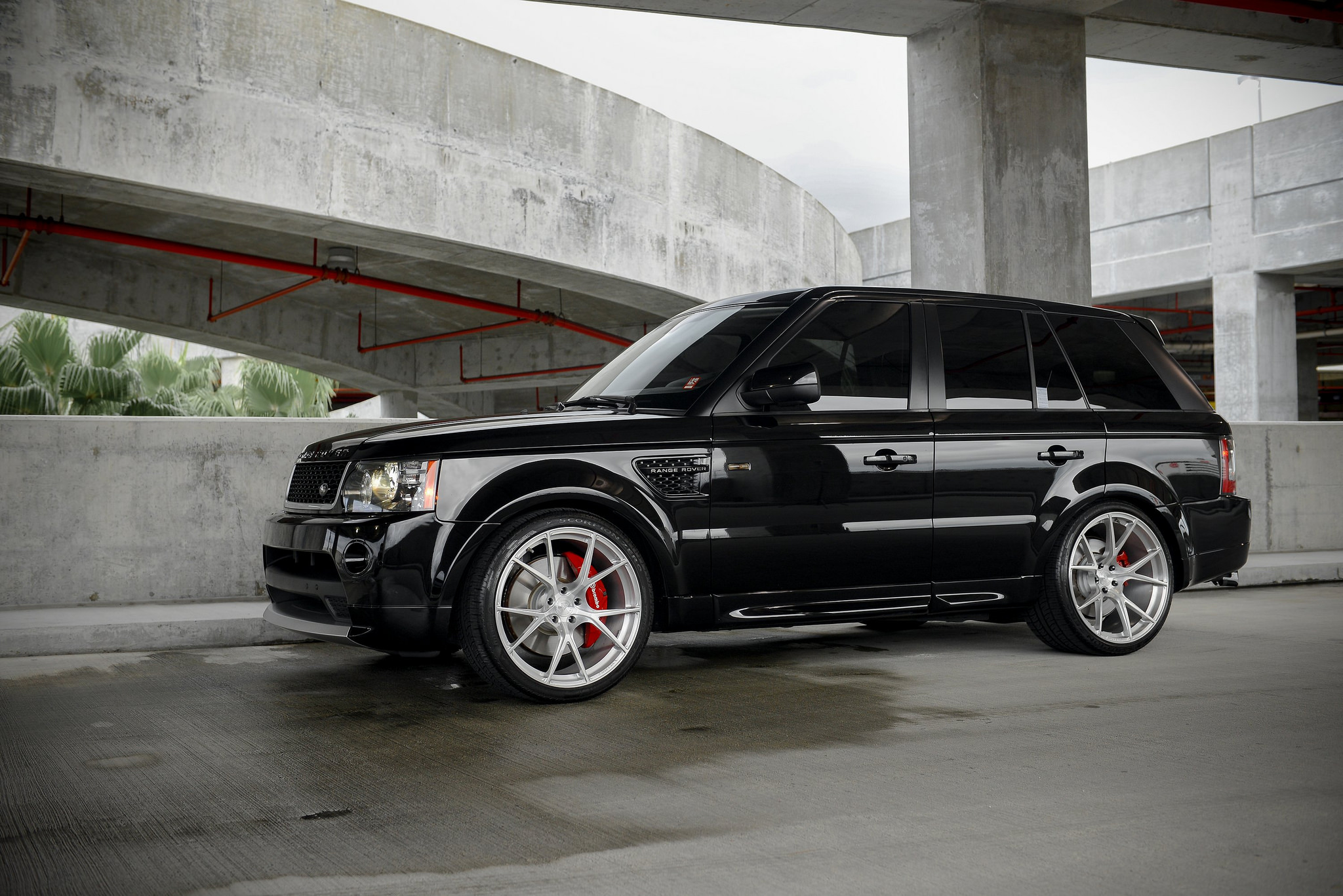 2011 range rover sport supercharged on 22 velos s3 forged. Black Bedroom Furniture Sets. Home Design Ideas