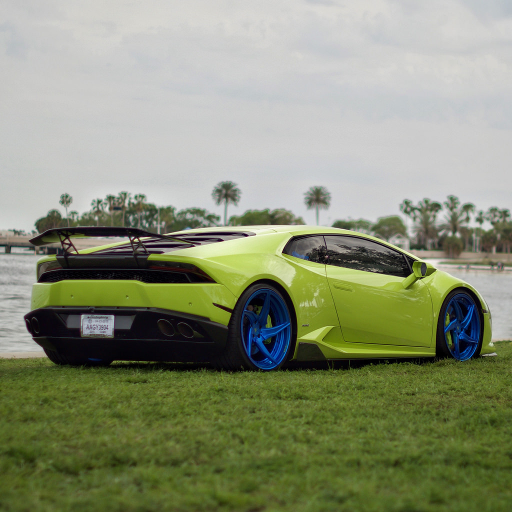 13 may lamborghini huracan on velos d5 wheels